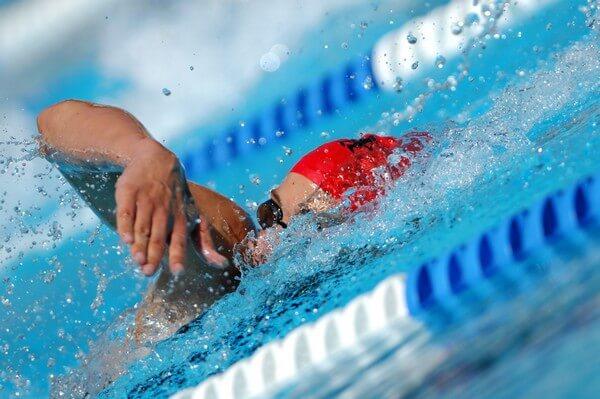 Les bienfaits de la natation sont multiples pour le dos