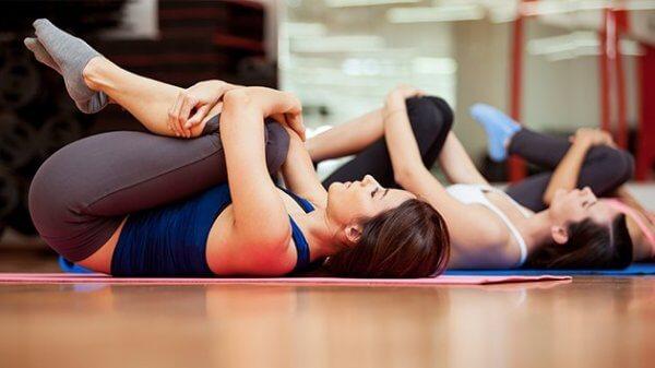 03BF021C07437787-photo-les-exercices-pour-mal-de-dos
